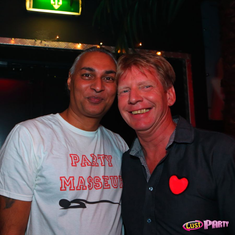 Love and Respect for Stichting Opkikker